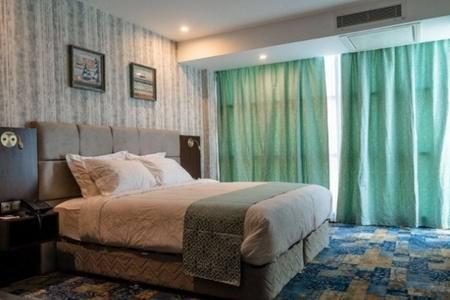 هتل آوینا