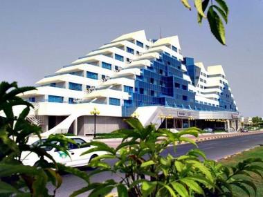آشنایی با امکانات و رزرو هتل 5 ستاره پارمیس در جزیره کیش