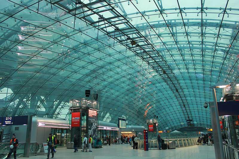 تمام آنچه که باید راجع به فرودگاه راین ماین فرانکفورت بدونین
