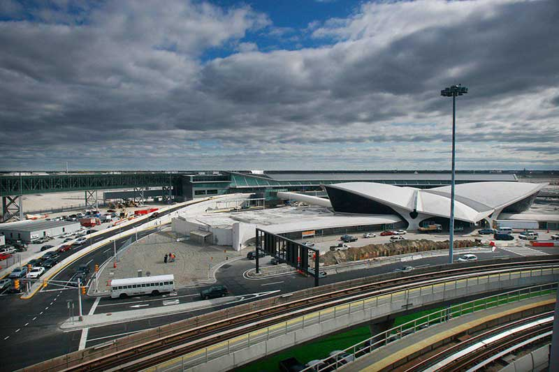 آشنایی با فرودگاه جان اف کندی و خرید بلیط هواپیما نیویورک
