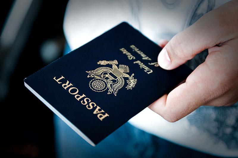 چطور و با چه مدارکی برای دریافت پاسپورت اقدام کنیم