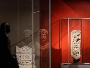 آثار ارزشمند موزه لوور پاریس رو در مشهد ببینین