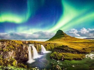 جاذبه هایی که با خرید بلیط هواپیما ایسلند نباید از دست بدین