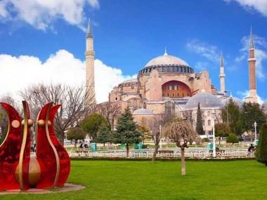 راهنمای جامع سفر و خرید بلیط هواپیما استانبول رسپینا24