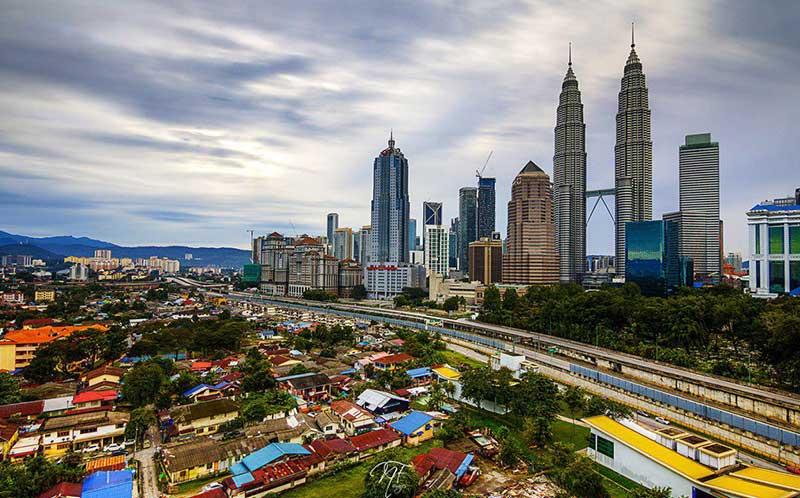 راهنمای جامع سفر و خرید بلیط هواپیما کوالالامپور رسپینا24