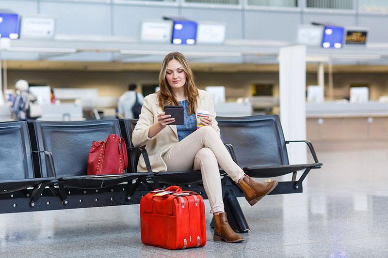 بررسی نحوه ی خرید اینترنتی بلیط هواپیما و سوالات متداول در مورد آن