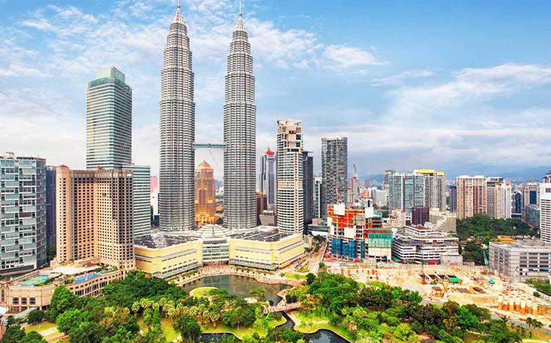خرید بلیط آنلاین هواپیما برای مشاهده جاذبه های گردشگری مالزی در رسپینا24