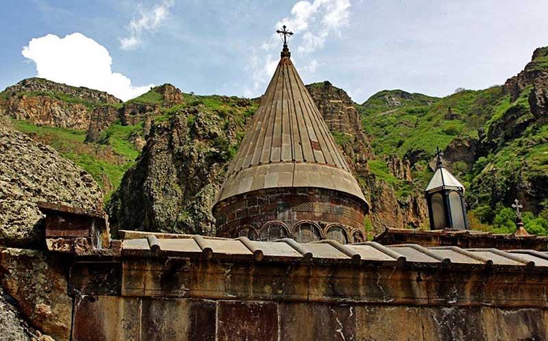 با خرید بلیط ارزان آنلاین از رسپینا24 به ارمنستان زیبا سفر کنید