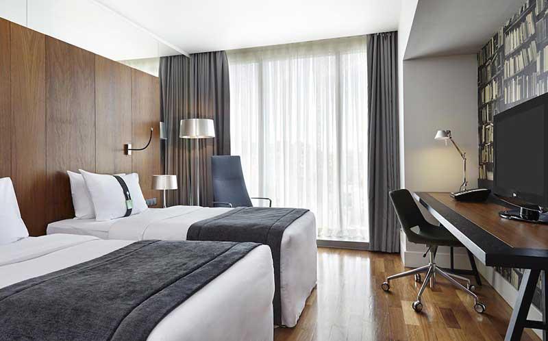 رزرو آنلاین هتل 4 ستاره هالیدی این تفلیس رسپینا24