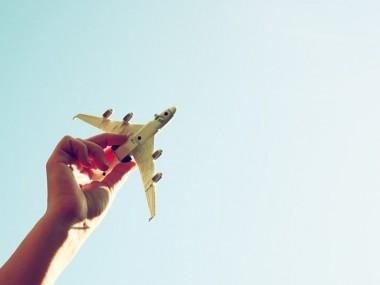 چطور می توانیم خیلی راحت خرید اینترنتی بلیط هواپیما انجام دهیم