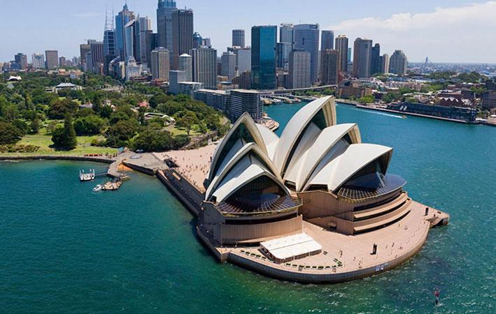 سفر به سواحل زیبای استرالیا با خرید بلیط هواپیما سیدنی