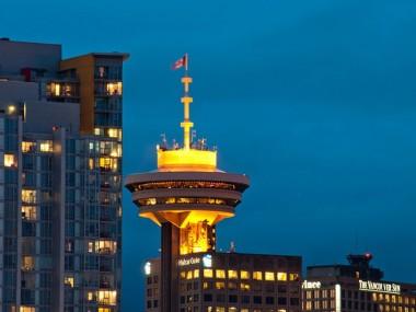 جاذبه های سومین شهر بزرگ کانادا با خرید بلیط هواپیما ونکوور