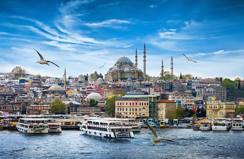 بررسی میزان درآمد حاصله ترکیه از ورود گردشگران خارجی در سال ۲۰۱۶