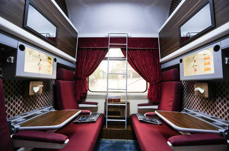 خرید اینترنتی بلیط قطار زندگی به عنوان لوکس ترین قطار رجا
