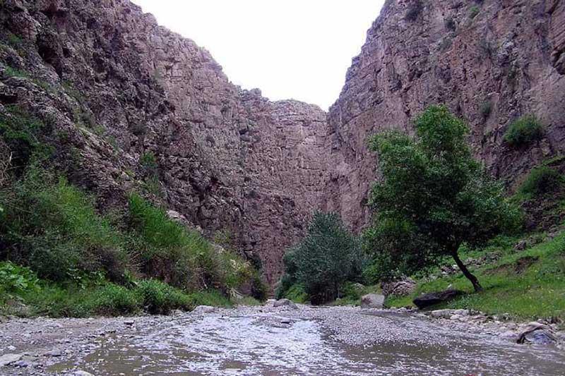 تور یک روزه ی طبیعت گردی دره شمخال از مشهد با رسپینا24