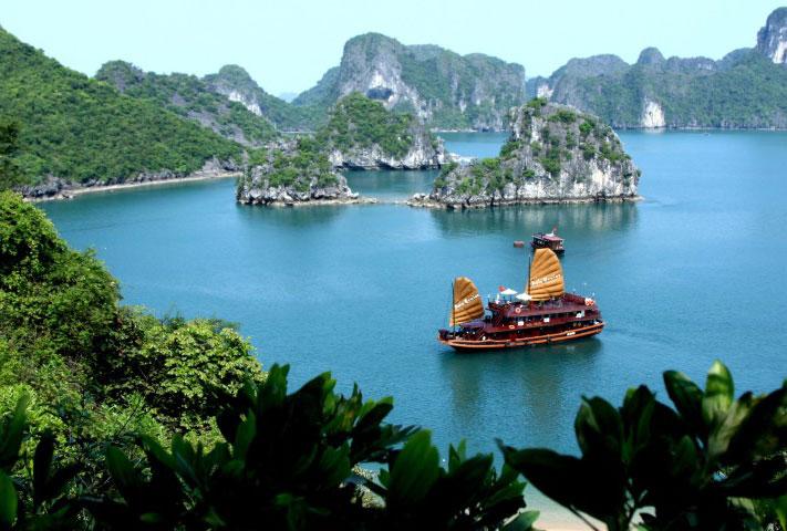 این جاذبه های گردشگری رو با خرید بلیط هواپیما ویتنام ببینین