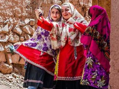 سفری سرشار از آرامش به یاقوت سرخ نطنز، دهکده ی ابیانه