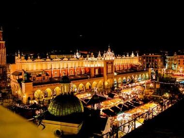 لذت از بهترین فستیوال های لهستان با خرید بلیط هواپیما کراکوف