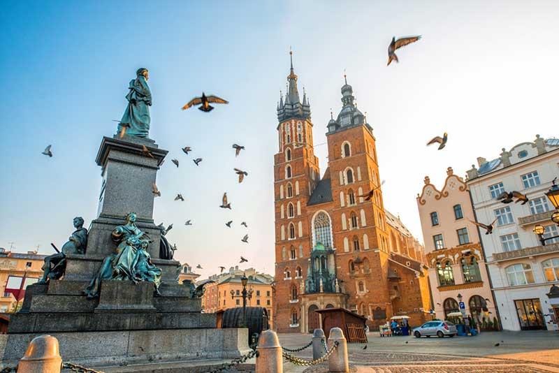 بازدید از موزه های جذاب لهستان با خرید بلیط هواپیما کراکوف