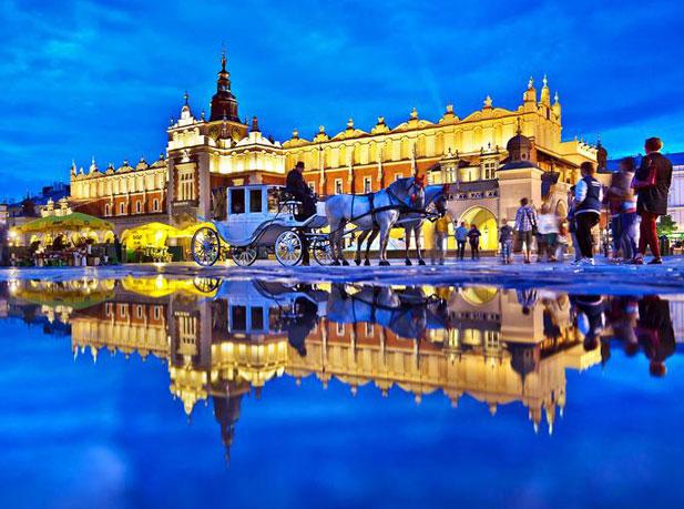 سفر به فلورانس لهستان با خرید بلیط هواپیما کراکوف رسپینا24