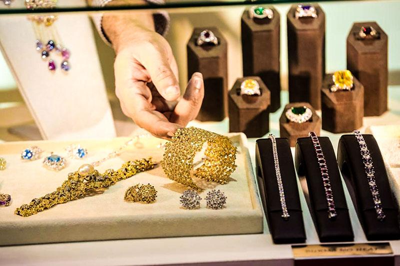 چرا نباید نمایشگاه جواهرات دبی رو در سال 2017 از دست بدین
