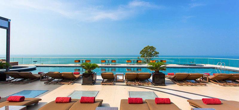 رزرو هتل 5 ستاره ی سنتارا گرند فراتمناک centara grand phratamnak پاتایا