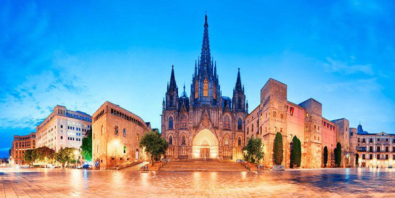 جاذبه های دیدنی بارسلون سرزمین رویایی الکلاسیکو در کل اروپا