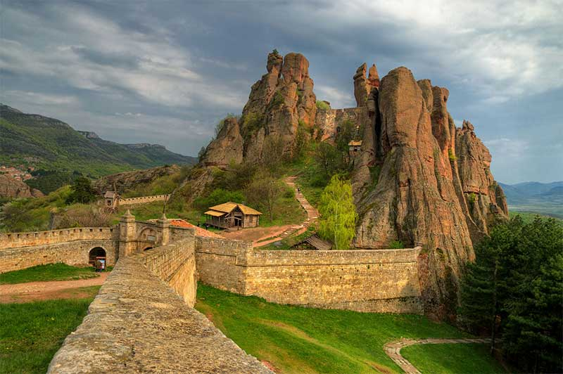 جاذبه های گردشگری که با خرید تور بلغارستان نباید از دست بدین
