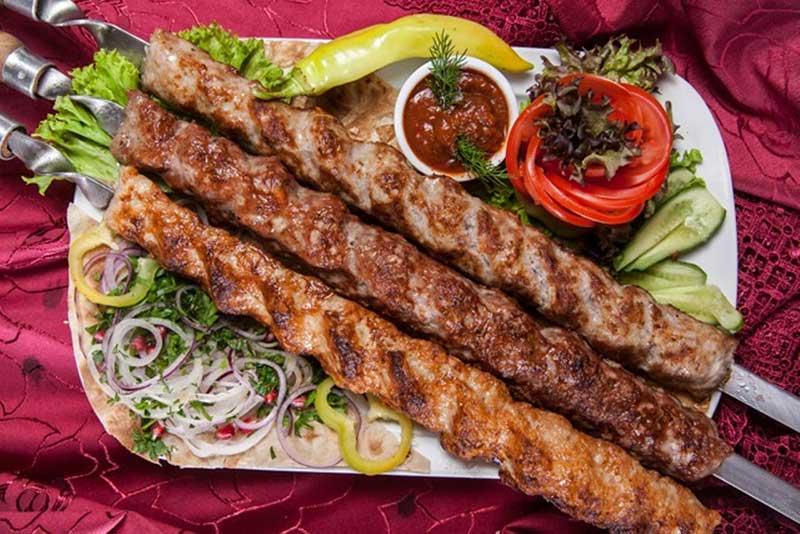 غذاهایی که سفر با خرید تور استانبول رو لذت بخش می کنن