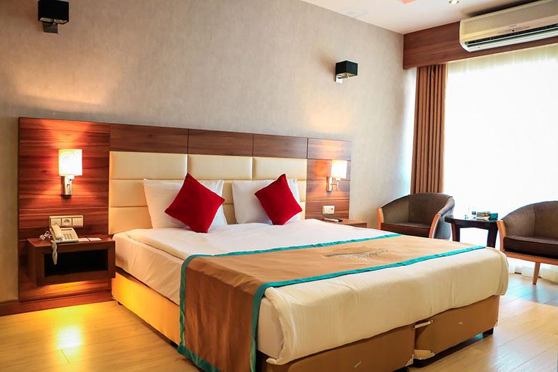 معرفی امکانات و رزرو آنلاین هتل 5 ستاره ی شایگان جزیره ی کیش